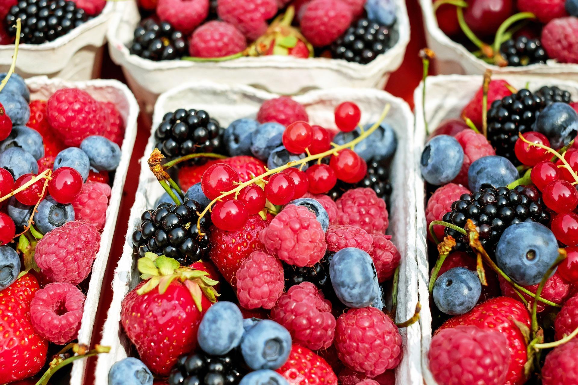 食生活改善!ダイエット中はもちろん日頃から避けたい食品と置き換え食材