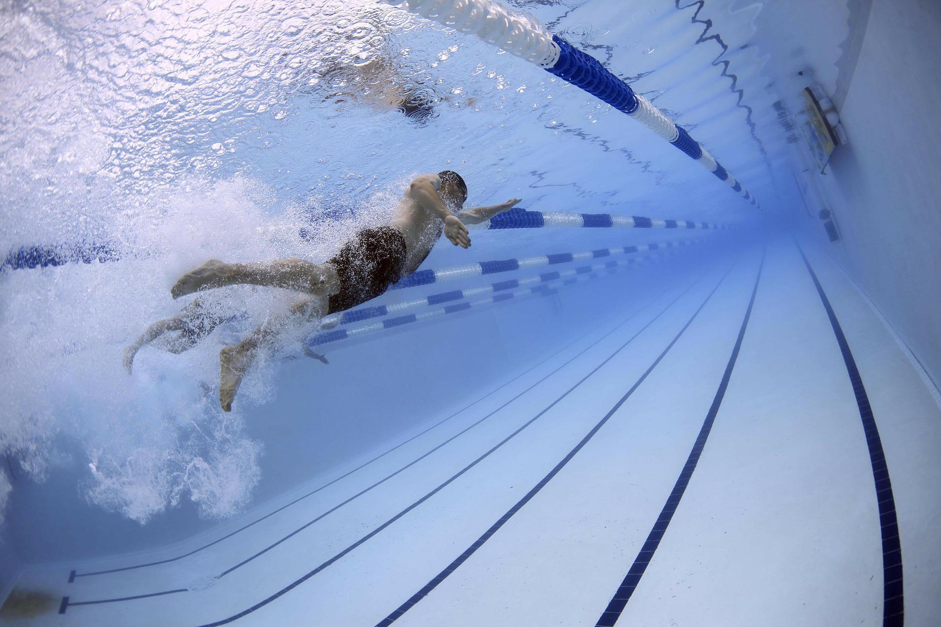 部位別に効く泳法!水泳ボディメイクトレーニングと効果を解説!