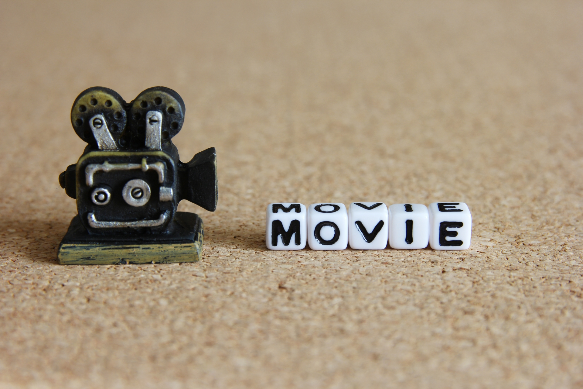 YouTube動画編集技術を学ぶならMovie Hucks!目指せ在宅クリエイター