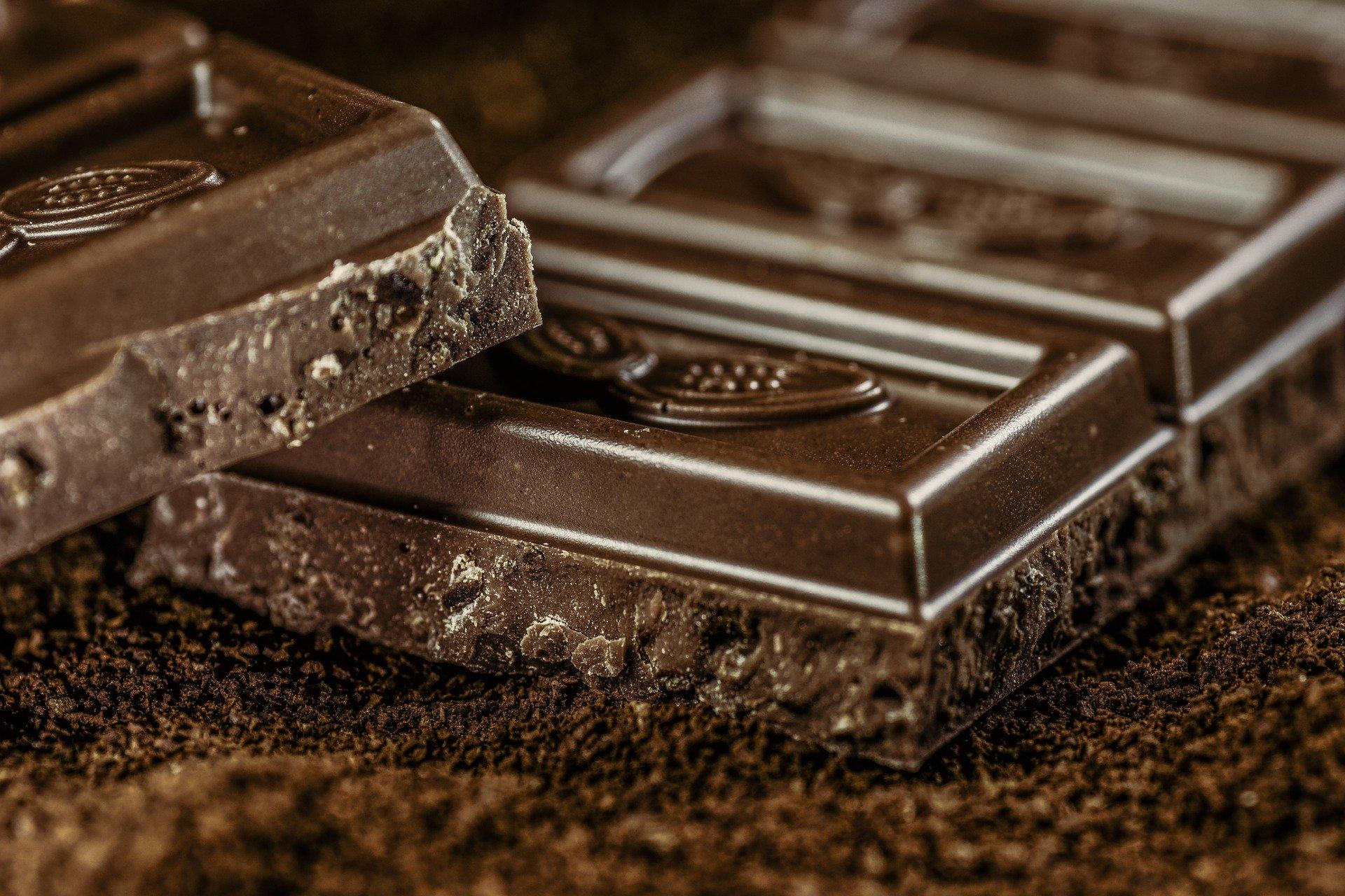 オーガニックチョコレートとは?おすすめ・砂糖不使用チョコも紹介